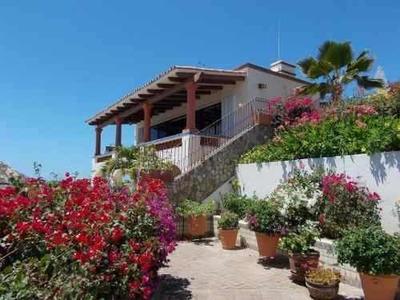 Casa Sola En El Pedregal, Camino Grande