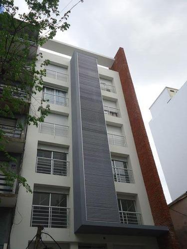 Apartamento Con Renta Proximo A Facultades!!