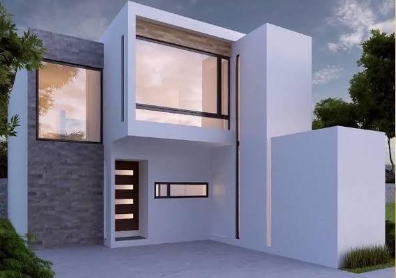 Casa Equipada, 3 Recamaras, 1 Estudio, Sala Tv Y Jardín