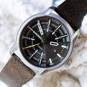 Relógio Diesel Masculino Couro Fundo Preto Dz17820cn