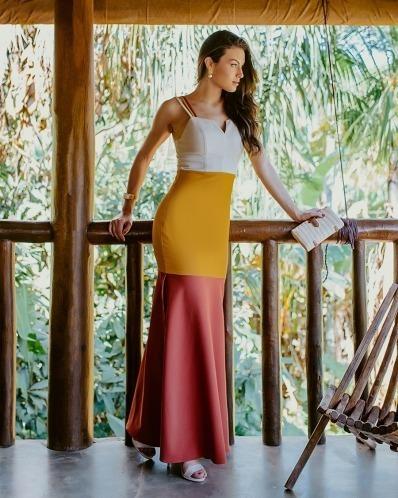 Vestido Longo Em Crepe Alfaiataria Tricolor Kímica
