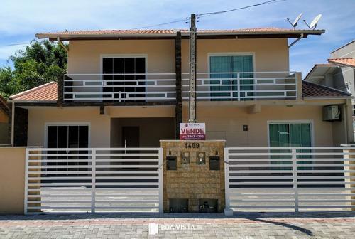 Imagem 1 de 13 de Sobrado Com 2 Dormitórios Na Praia De Bombinhas Sc - Sc - Ca0018_boavis