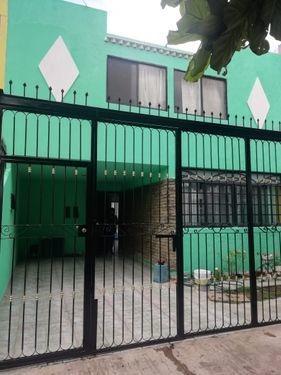 Imagen 1 de 11 de Casa Con Excelente Ubicacion Atras De Plaza Mexico
