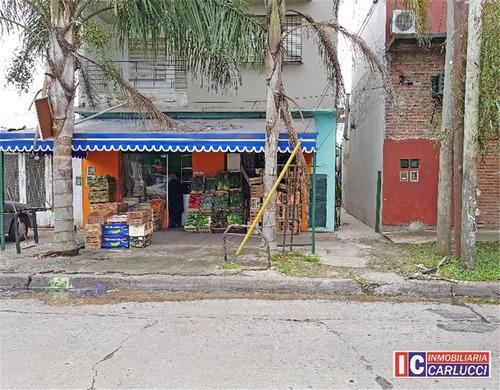 Casa Ph, Locales Y Departamento En Planta Baja En Castelar