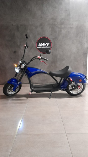 Imagem 1 de 5 de Moto Elétrica Chopper 2000w