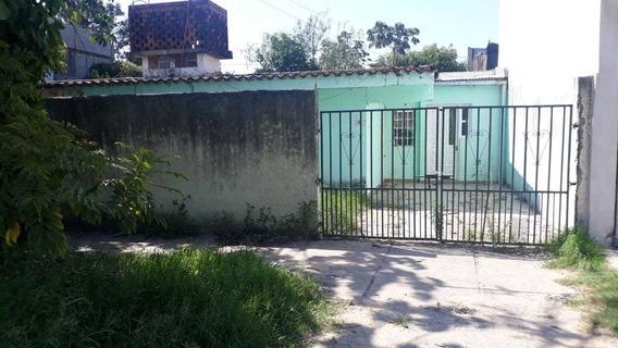 Casa A La Venta En Barrio Vial Excelente Ubicacion