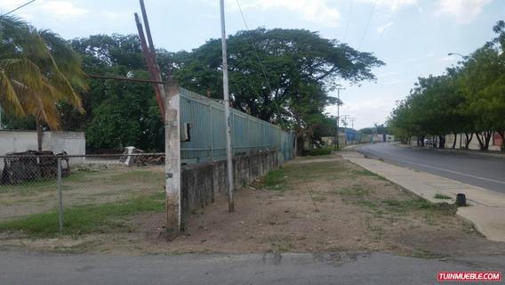 Terreno En Venta Av. Aragua 19-9254 Jcm 0414-4619929