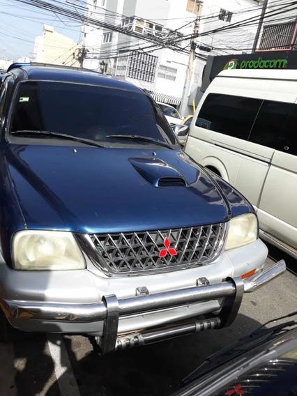 Mitsubishi L200 L200 De Gasol 2002