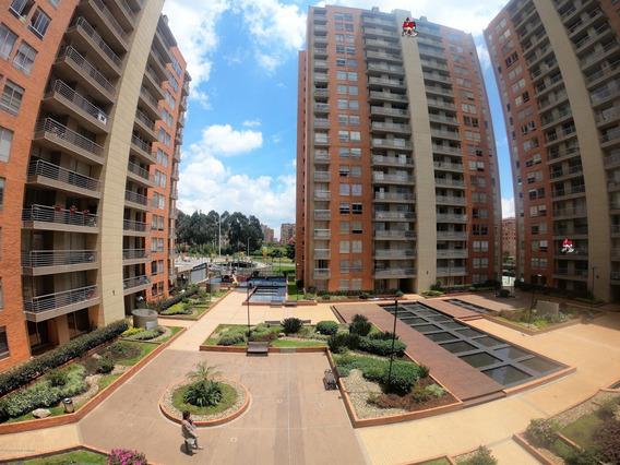 Vendo Apartamento En Colina Campestre Mls 20-61