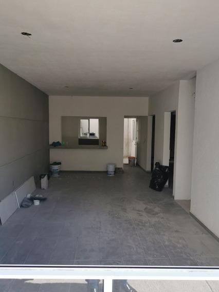 2 Casas $950,000 Av. De La Luz Y B. Quintana, A 2 Cuadras