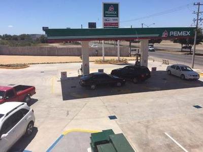 Locales Comerciales Y Oficina En Renta En Gasolinera Blvd. Pedro Infante