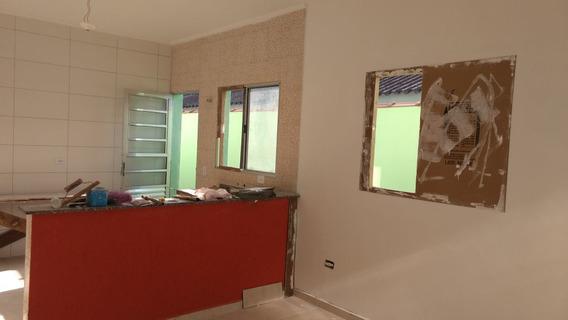 114-casa Á Venda Com 67 M², 2 Dormitórios. Nova Itanhaém
