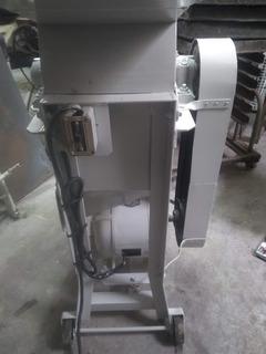 Maquina Ralladora De Pan Industrial
