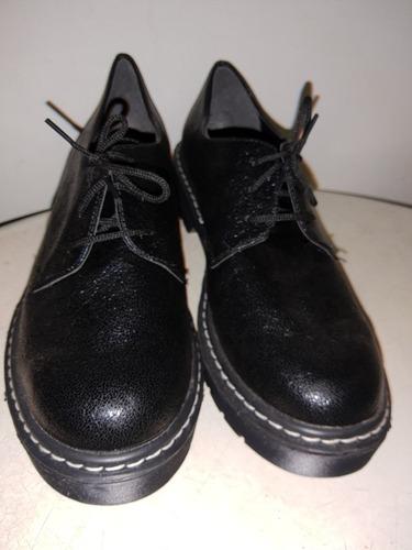 Zapatos De Cuero Nro. 37-38