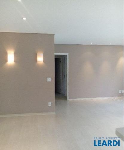 Imagem 1 de 5 de Apartamento - Alphaville - Sp - 584469