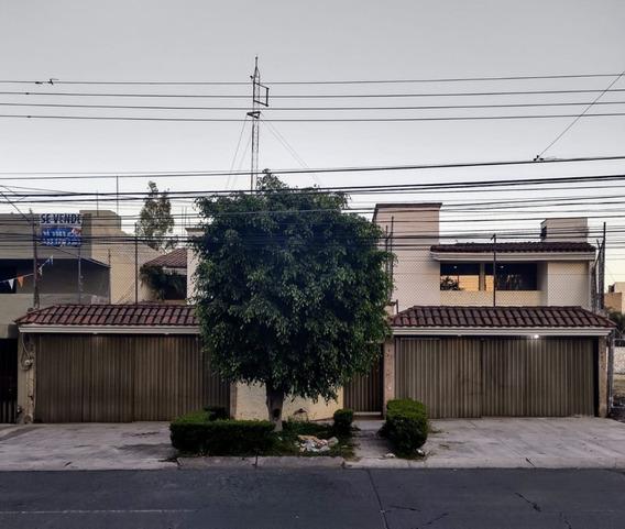 Casa Av. Topacio #2451 - 639m2