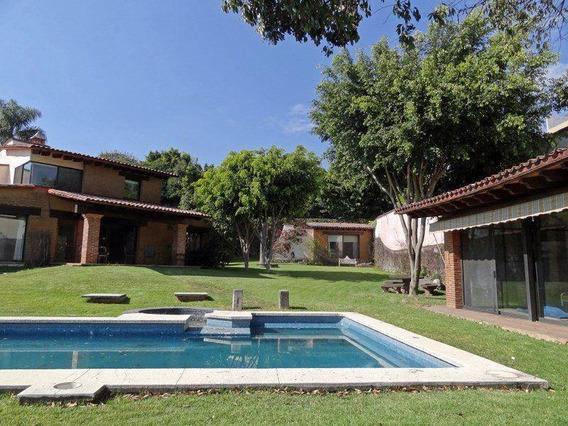 Hermosa Casa En Los Limoneros Cuernavaca Con Recamara En Planta Baja