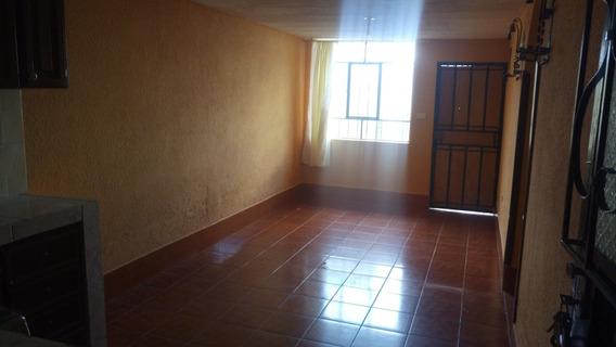 Casa De Arriendo Al Norte De Quito