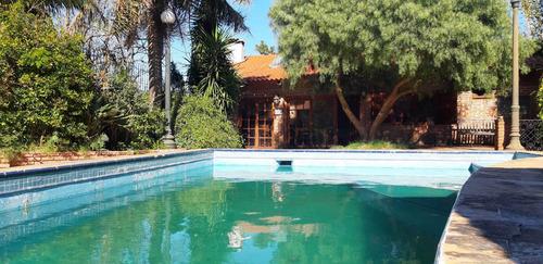 Venta Casa Punta Gorda 4 Dormitorios Piscina Barbacoa Fondo