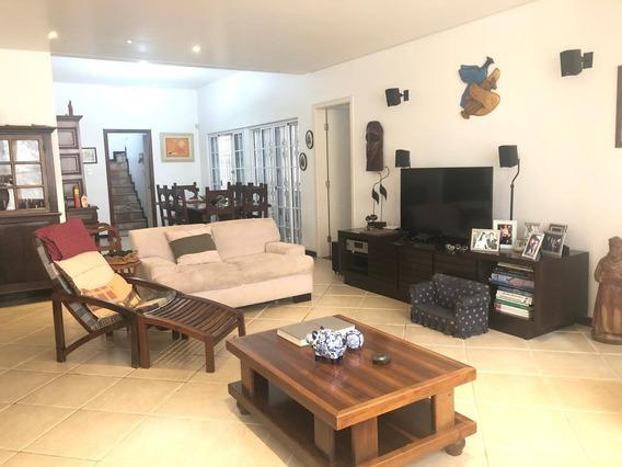 Casa À Venda, 4 Quartos, 5 Vagas, Santa Lúcia - Belo Horizonte/mg - 13213