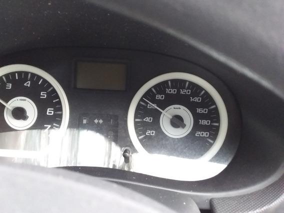 Renault 2011 Confort 1.6 16 V