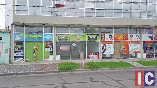 Local En Alquiler Sobre Avenida José M.paz, Ituzaingó Norte