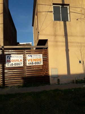 Alquiler Casa De 2 Dormitorios Con Jardín Y Cochera Rosario