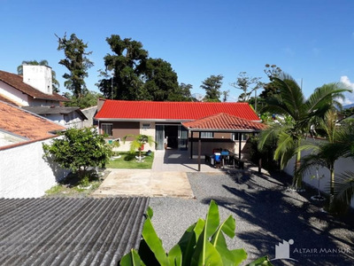 Casa De Praia 3 Quartos À Venda Em Itapoá/sc - 711