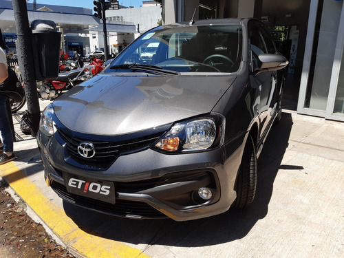 Nuevo Toyota Etios 2021 Xls Manual 5 Puertas - J