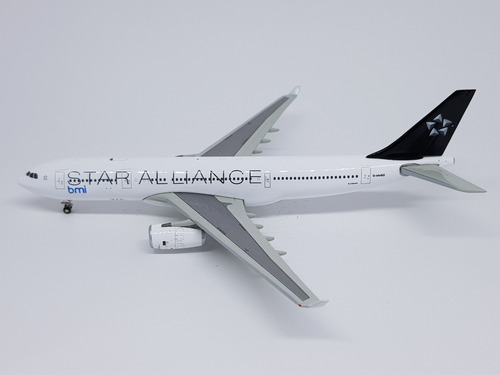 Miniatura Jc Wings 1:400 Airbus A330-200 Bmi  Star Alliance
