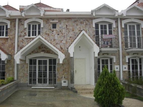 Hermoso Townhouse En Conjunto Resd Villa Monserrat, Merida