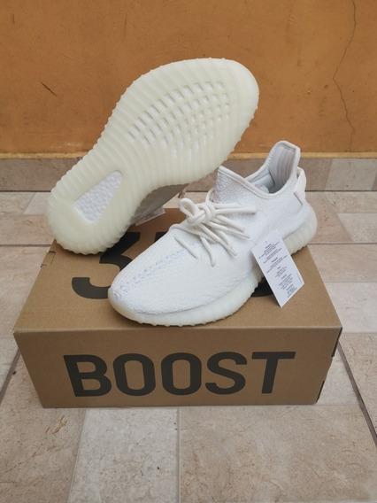 Tênis adidas Yeezy 350 Triple White
