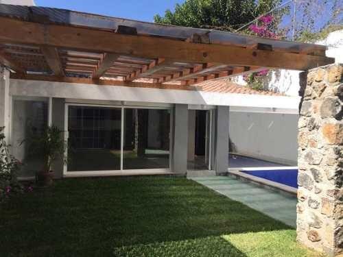 Casa Sola En Vista Hermosa / Cuernavaca - Caen-303-cs