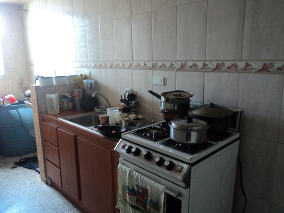 Se Vende Apartamento Centro Turmero 04128921943