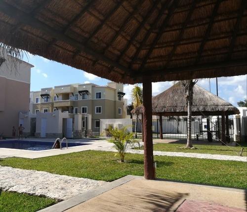 Departamento 2 Recamaras En Condominio En Playa Del Carmen
