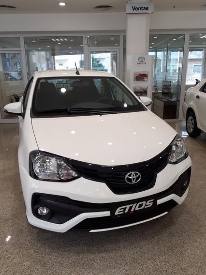 Toyota Etios Full Automático, Sedan, Adjudicado Financiación