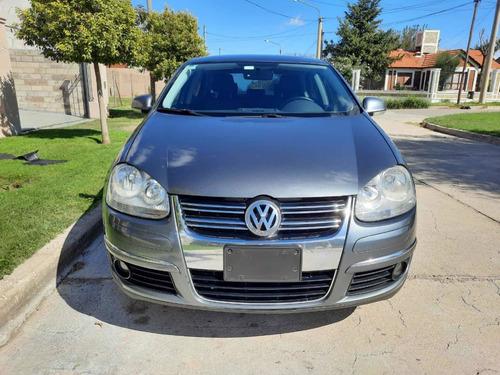 Volkswagen Vento 1.9 I Advance Dsg 2010