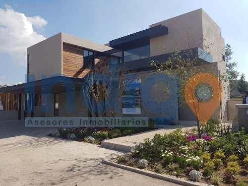 Residencia Nueva En Venta En Altozano (condominio Lago)