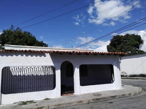 Casa En Venta Barrio Bolivar 19-20487 Dyfc
