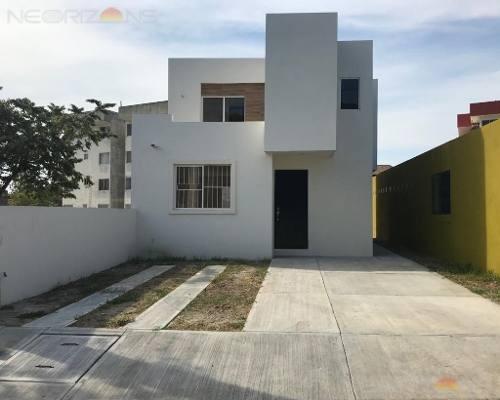 Casa En Venta En Tampico Jardines De Champayan