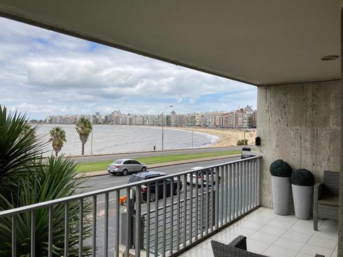 Apartamento 4 Dormitorios 4 Baños 2 Garajes