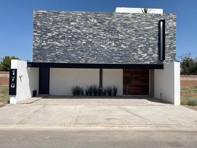 Estrena Hermosa Casa