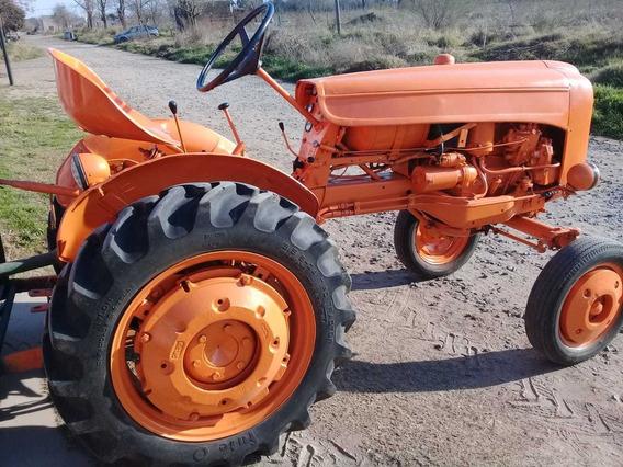 Vendo Tractor Fiat U25 Con Levante 3 Puntos Y Desmalezadora.