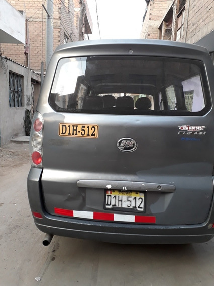 Lifan Foison Minivan