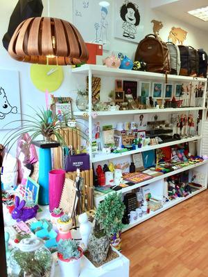 Venta Tienda De Diseño, Regalos, Acreditada