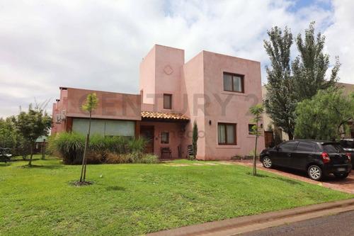 Imagen 1 de 30 de Hermosa Casa En Barrio Lagos Del Norte