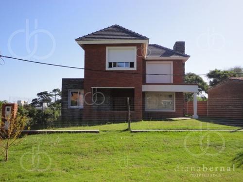 Punta Del Este, Casa En Mansa, 3 Dormitorios *- Ref: 41823