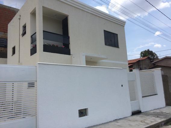 Casa Muito Boa Em Caxambu Com 95 M2 - Ótimo Acabamento - 02 Vagas - 191
