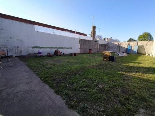 Lote En Barrio Villa Primera
