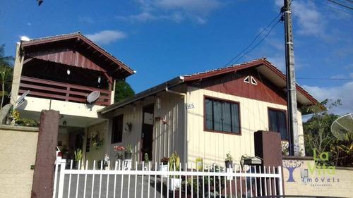 Casa Na Itoupavazinha, Blumenau Com  Terreno De 480 M². - Ca0302